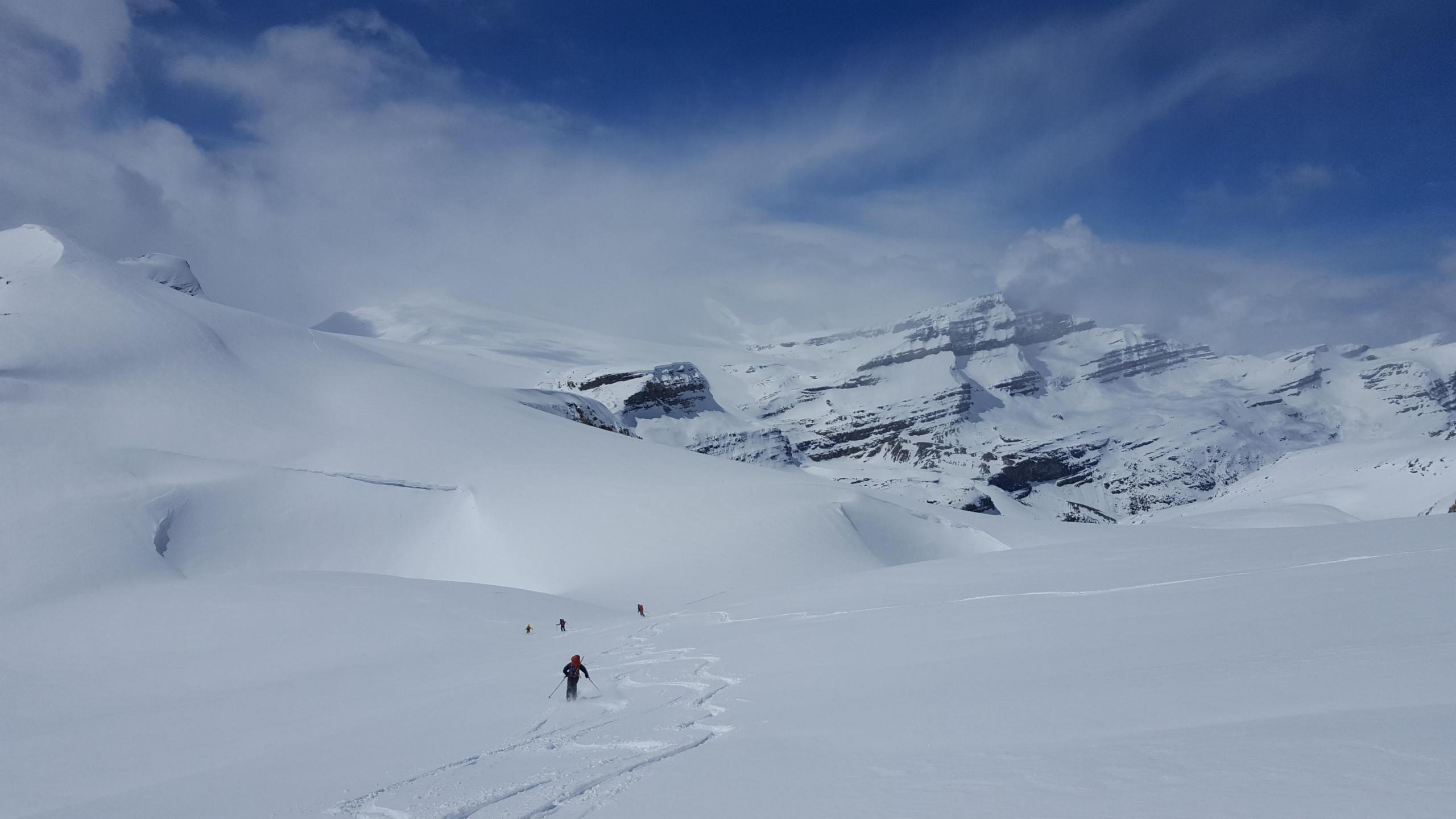Spring skiing on Crowfoot | Alpine Club of Canada - Rocky ...